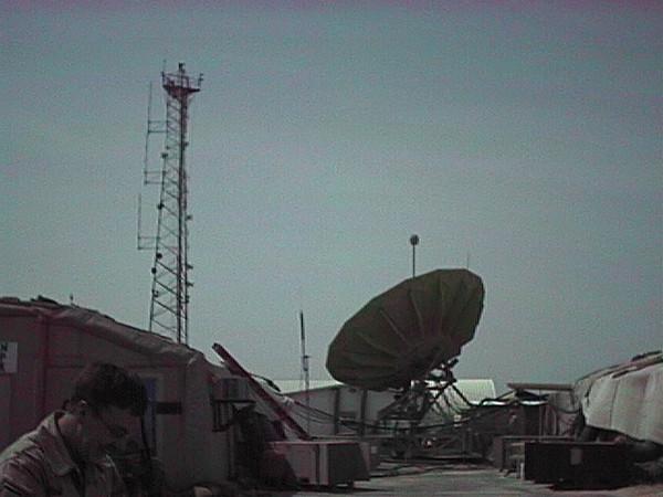 SATCOM 004 AEF 2002.JPG