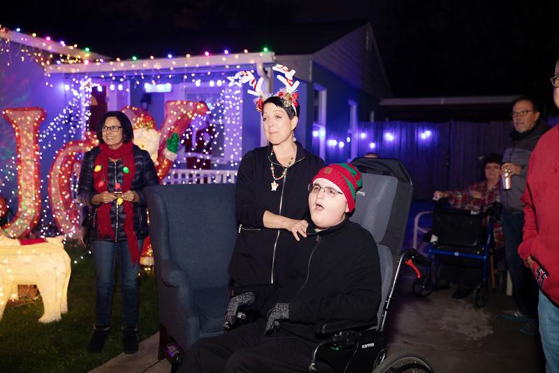 12-08-19 Christmas With Chris