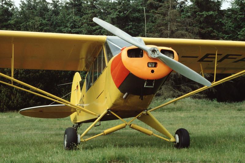 D-EFAG-PiperL-18CSuperCub-Private-EKVJ-1997-06-14-DP-10-KBVPCollection.jpg