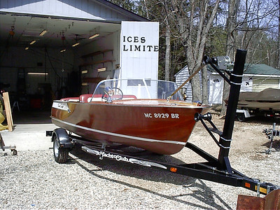 1960 Cris Craft Ski Boat