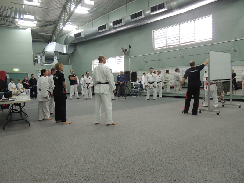 Grandmaster Angelo 8th Dan Founder Filipino Kyusho going through PRINCIPLES of self defence & martial arts