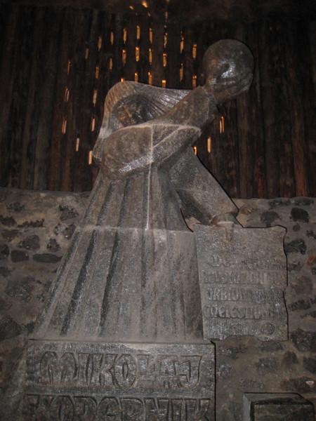 statue_03.jpg