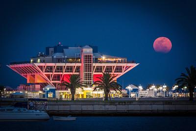 2013-04-25 St Pete Pier Moon Rise