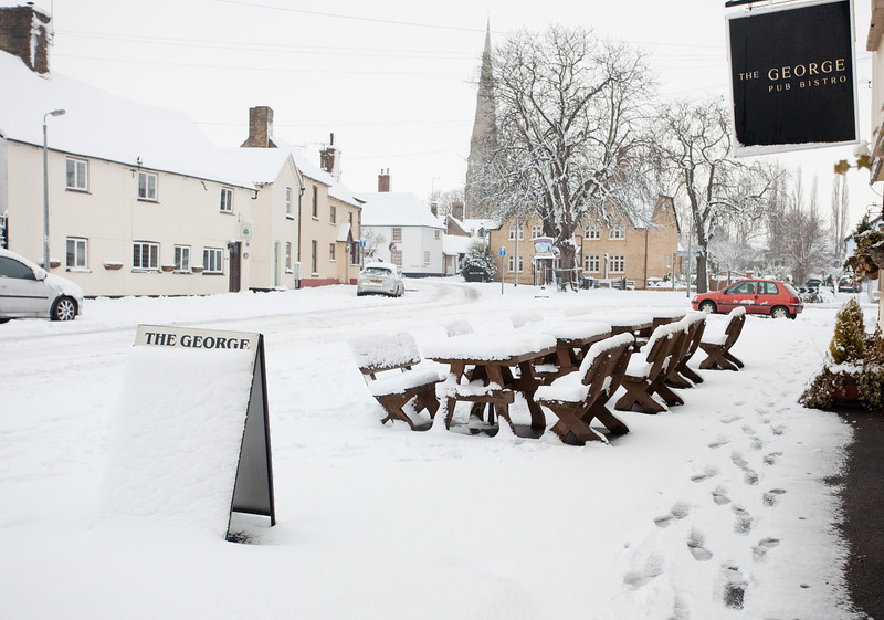 Spaldwick in the snow_4989513514_o.jpg