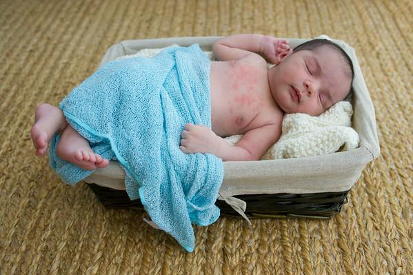 EliasAar_Newborn