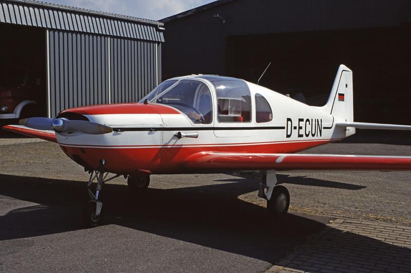 D-ECUN-AmbrosiniF7RondoneII-Private-EDXB-1998-05-02-EK-26-KBVPCollection.jpg