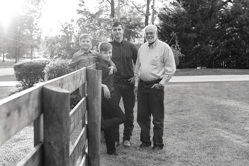 Farmer Family Fall 2019 - 220.jpg