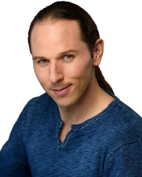 ScottHallenbergPhotography Actor Headshot 20161115 d8c1-SCI_8391_n0361-ME-2.jpg