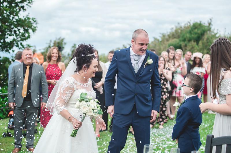 Mr & Mrs Wallington-206.jpg