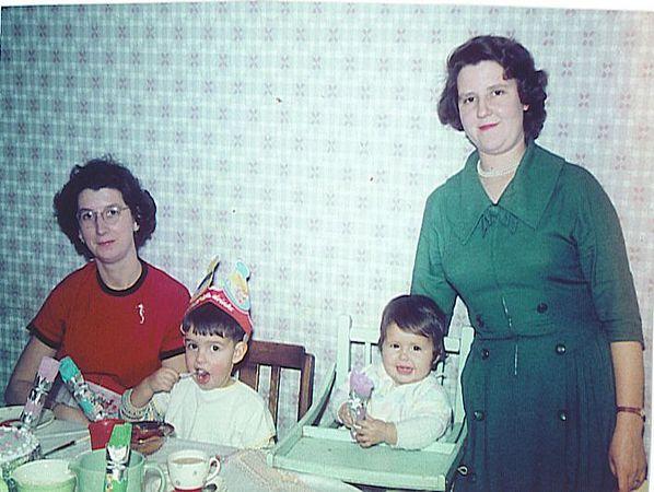 Xmas 1960 Aunt June.jpg