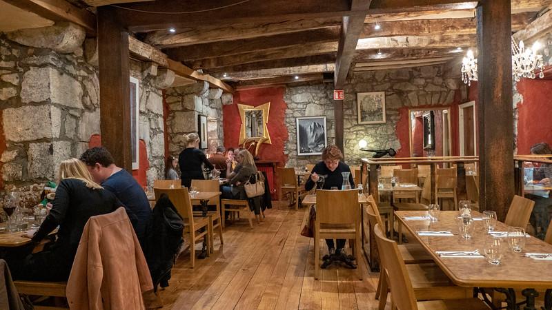 Ireland-Kilkenny-Restaurant-Petronella-04.jpg