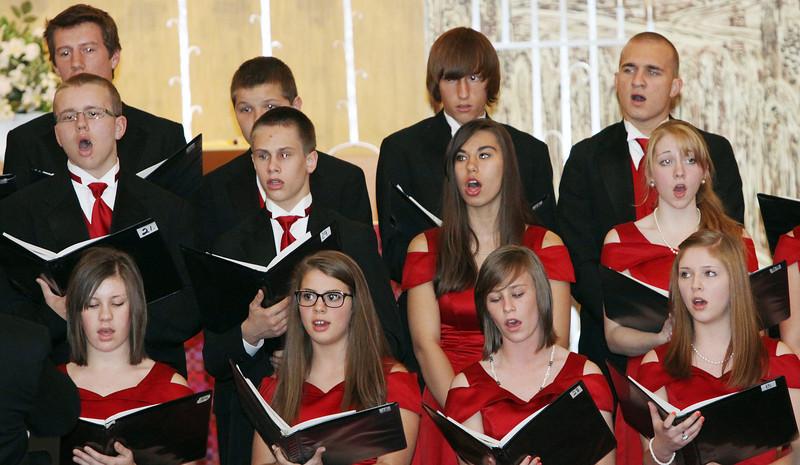 Lutheran-West-High-School-Choir-Fall-2012---c143915-013.jpg