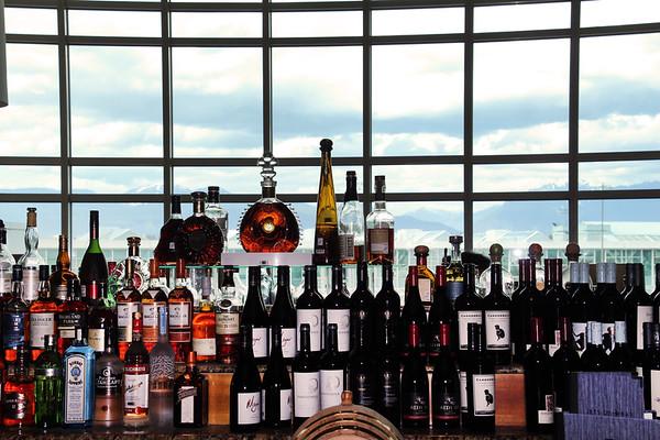 Jetside Bar, Fairmont Vancouver Airport