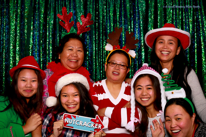 Medtronic Holiday Party -336.jpg