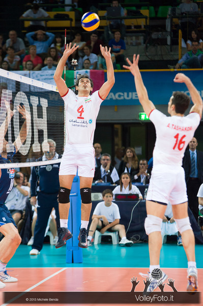 Amir Ghafour [IRI] set - Italia-Iran, World League 2013 - Modena