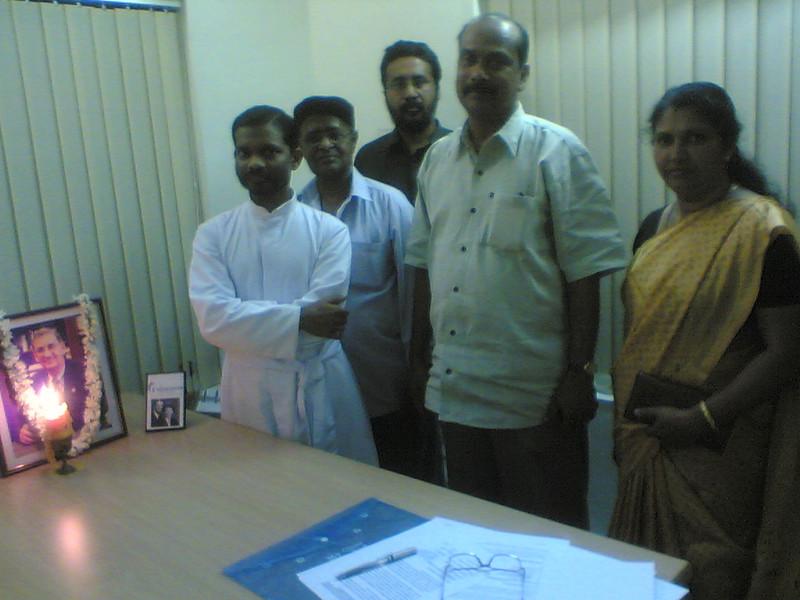 2009 - 02-28 Trivandrum, India Board members. thl