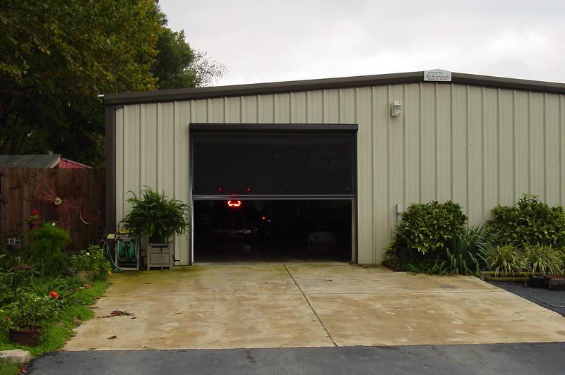 Magsig Garage 002.jpg