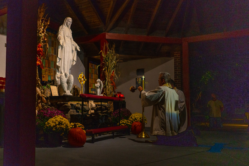 20190926_God_at_the_Grotto_02.jpg