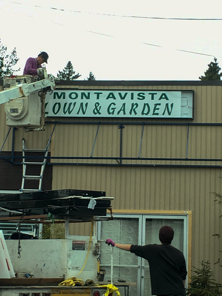 Unfortunate misspelling right there on the brand new sign they were installing