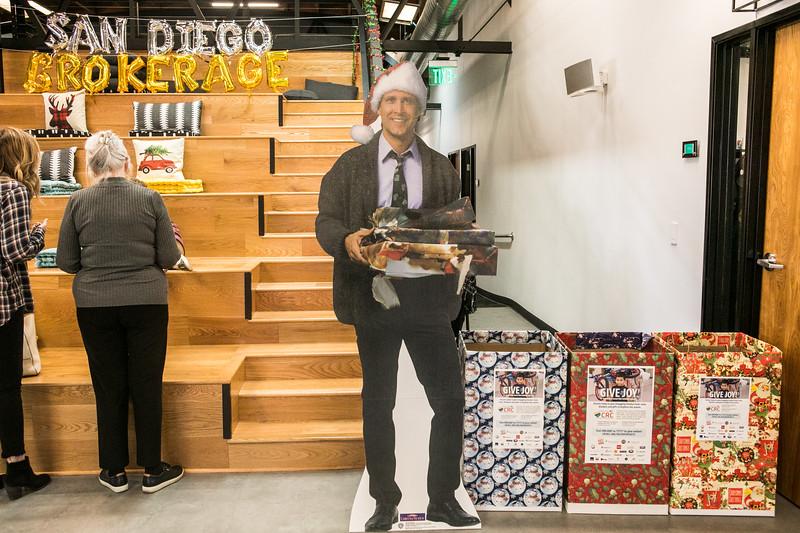 20191123_DannyDavis-SanDiegoBrokerage-HolidayParty_0099.jpg