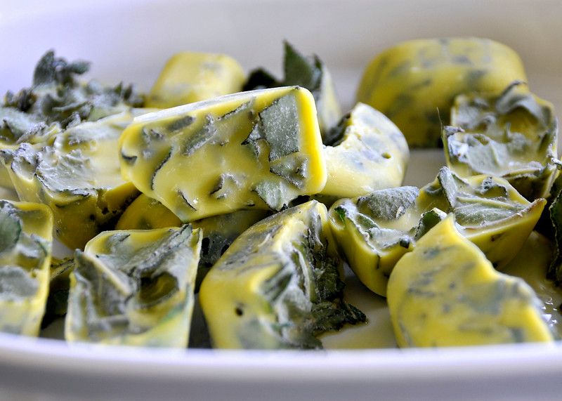 Sage & Olive Oil Cubes