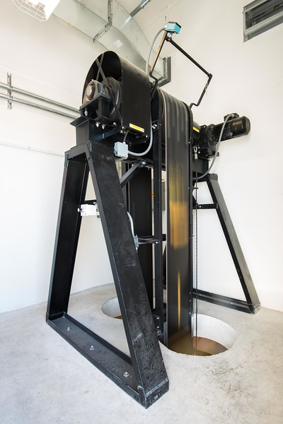 American Hoist and Manlift-6.jpg