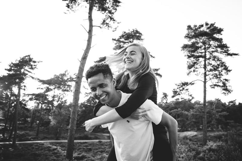 HR - Loveshoot Fotosessie Soesterduinen - Esther+Igor - Karina Fotografie-38.jpg