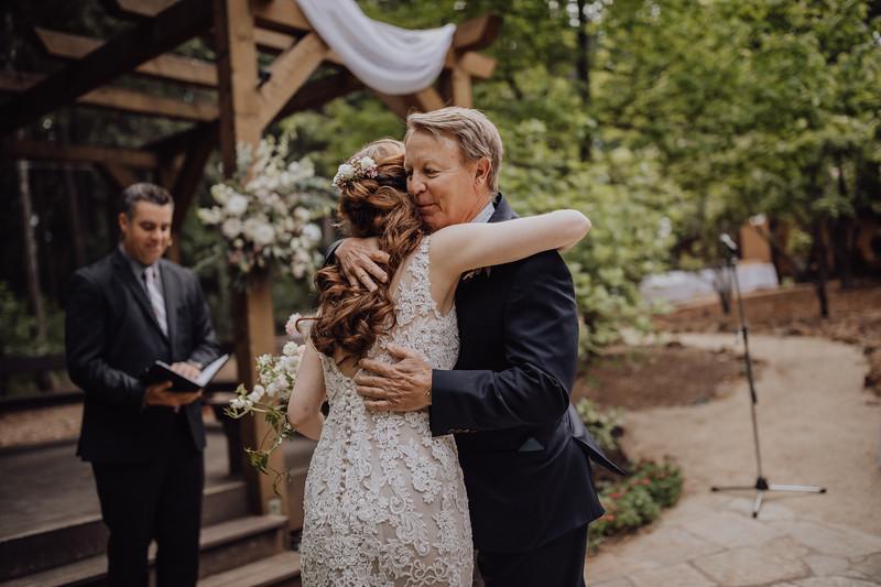 2018-05-12_ROEDER_JulieSeth_Wedding_ROEDER1_0123.jpg