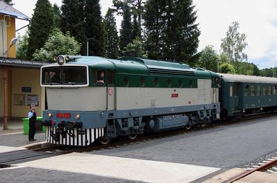 CD Class 753