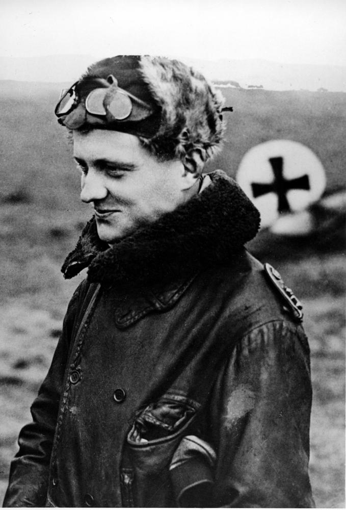 Description of . German airman Manfred von Richthofen, called the
