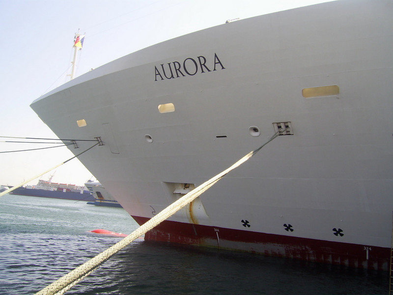 M/S AURORA : three bow thrusters.