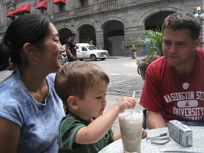 La Familia en Cholula- July 2007