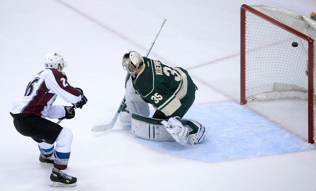 . Colorado center Paul Stastny shot past Minnesota goalie Darcy Kuemper for a short-handed goal in the first period.  (Photo by Karl Gehring/The Denver Post)