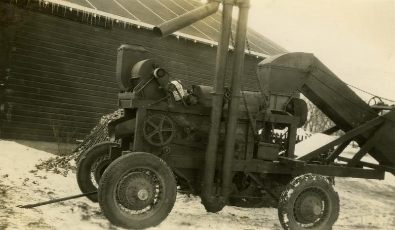 JB156.  Corn equipment‡ - 1935.jpg