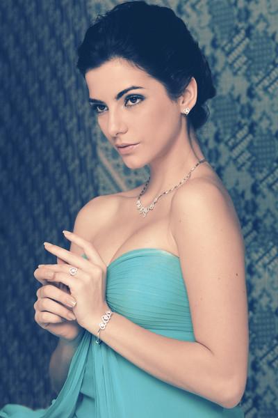 Vasanti Jewelry-8954.jpg