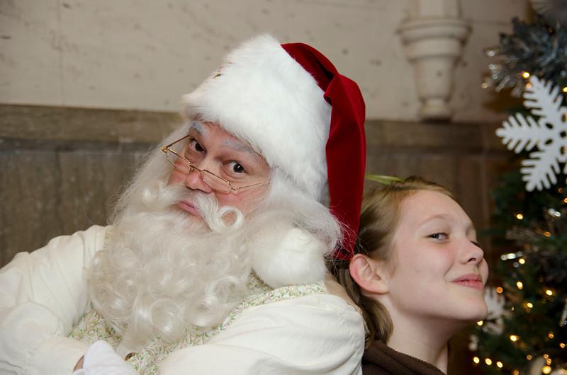 Santa at Grove_72.JPG