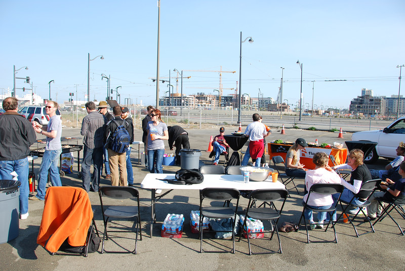 FSS/Ping0 Tailgating party getting started