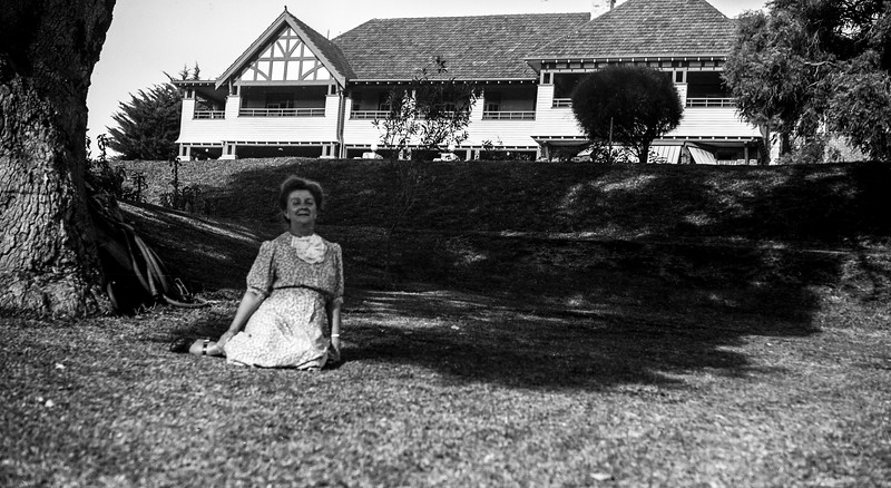 Flo on Caves House lawns