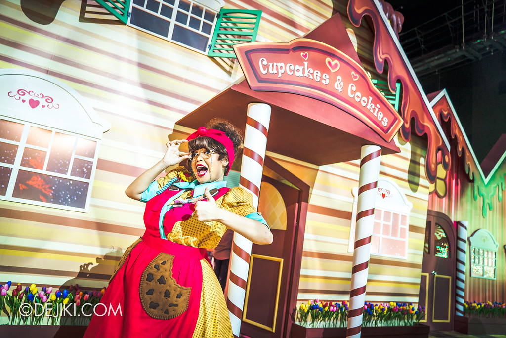 Universal Studios Singapore Park Update 2017 - Chocolate Adventure event - Mama Cookie's House