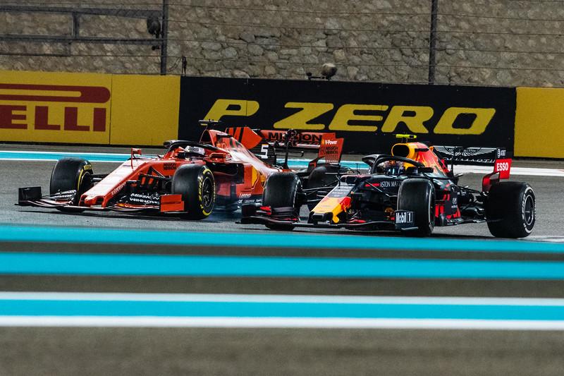 Alexander ALBON overtaking Sebastian VETTEL, UAE/Abu Dhabi, 2019
