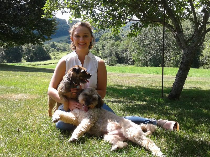 amelia smith and dogs kl.jpg