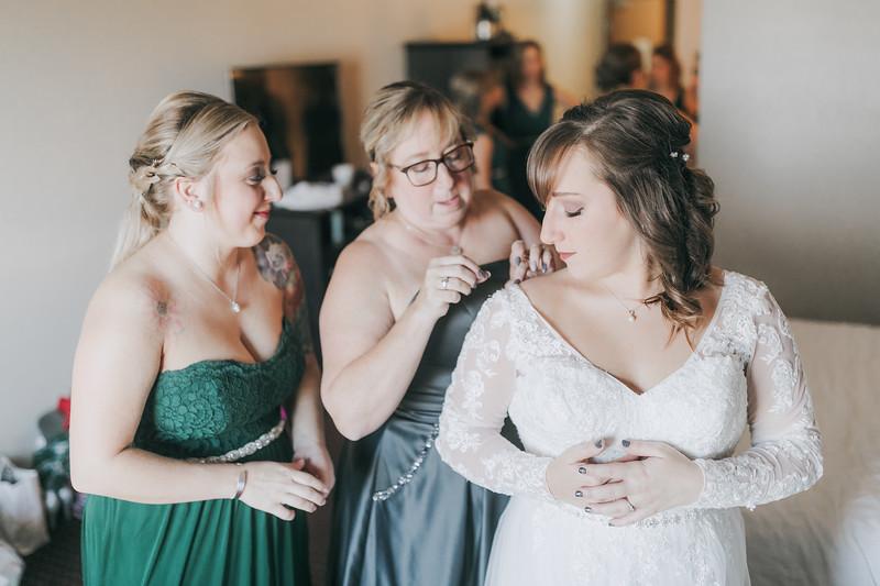 Johnna_Derek_Wedding_La_Casa_Grande_Beloit_Wisconsin_December_15_2018-76.jpg
