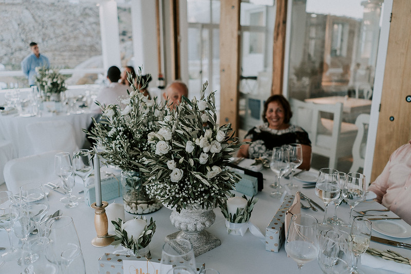 Tu-Nguyen-Destination-Wedding-Photographer-Mykonos-Katherine-Benji-418.jpg