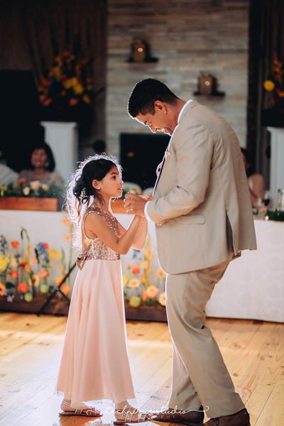 BRETT & CARMEN WEDDING PREVIEWS-134.JPG