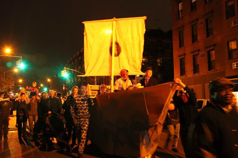 2011.10.31 Street Halloween Parade.ss-27.jpg