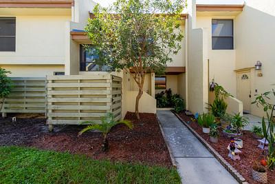 8805 Lateen Ln #102, Fort Myers, Fl.