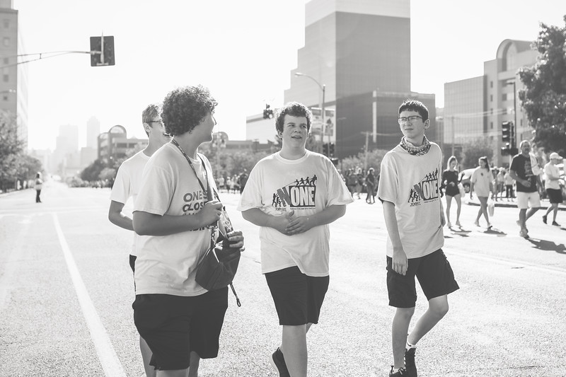 JDRF Walk - Finn and friends walk (3 of 8).jpg