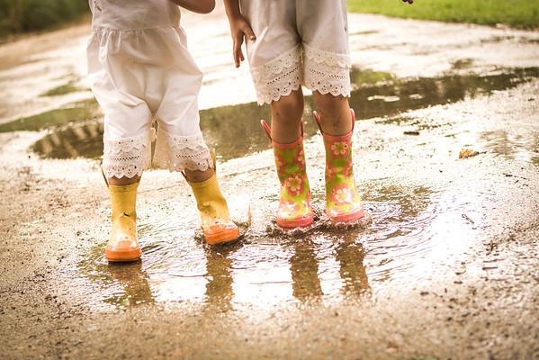 Mud Mania: Lily & Iris