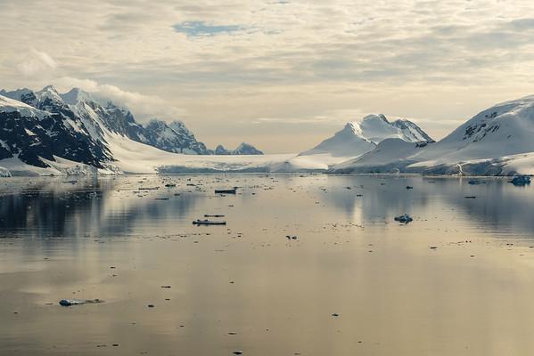 Antarctica: Neumayer Channel