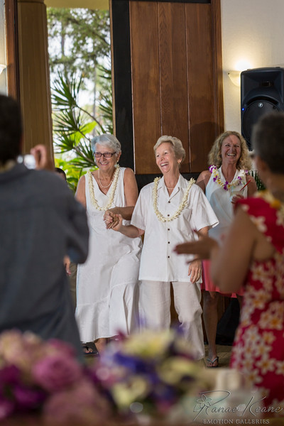 139__Hawaii_Destination_Wedding_Photographer_Ranae_Keane_www.EmotionGalleries.com__141018.jpg